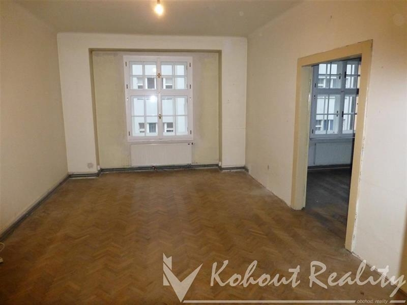 Exklusivně prostorný družstevní byt 4+1/B, 129m2 P7, Holešovice, ulice Janovského
