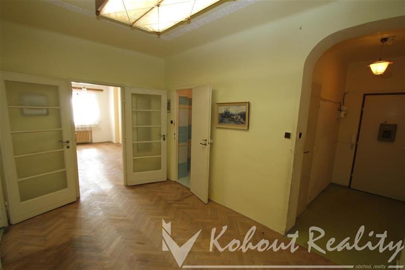 Exklusivně slunný, cihlový, družstevní byt 3+kk, 80m2, Praha 10, Tolstého