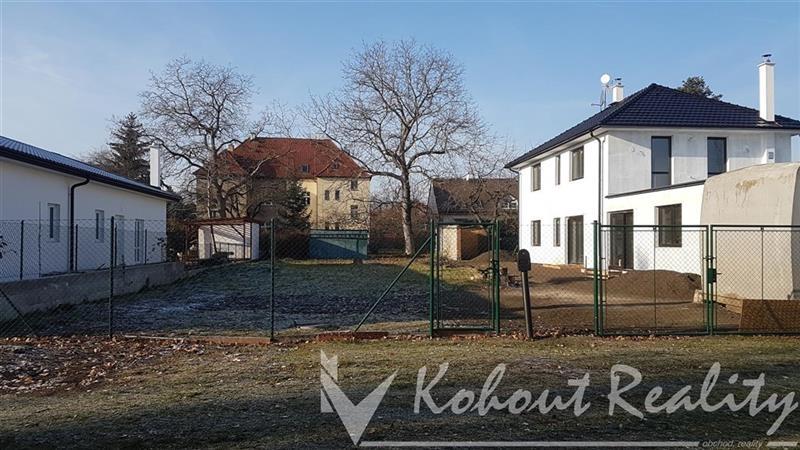 Exklusivně strategicky situovaný pozemek 558m2, 150 metrů ulice Průmyslová Praha 10, ulice U Branek