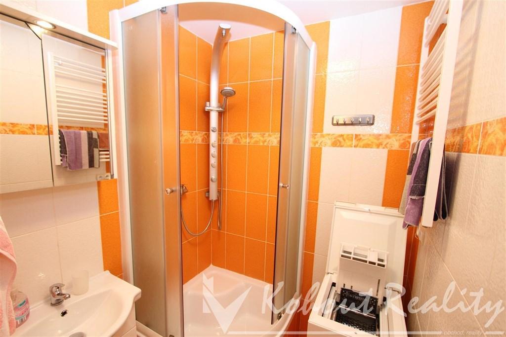 Exklusivně slunný, zrekonstruovaný, zařízený byt OV 3+1/L, 70m2, Praha 4, Pankrác, ulice Milevská
