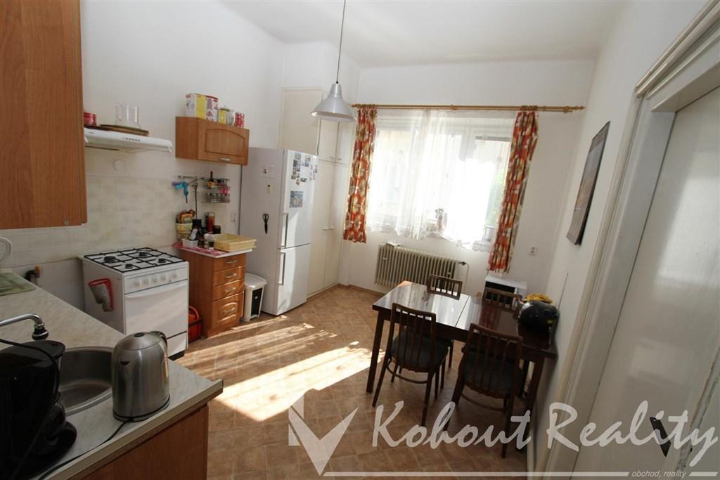Exklusivně slunný, klidný, cihlový OV byt 2+1, 55m2, P10, Starostrašnická