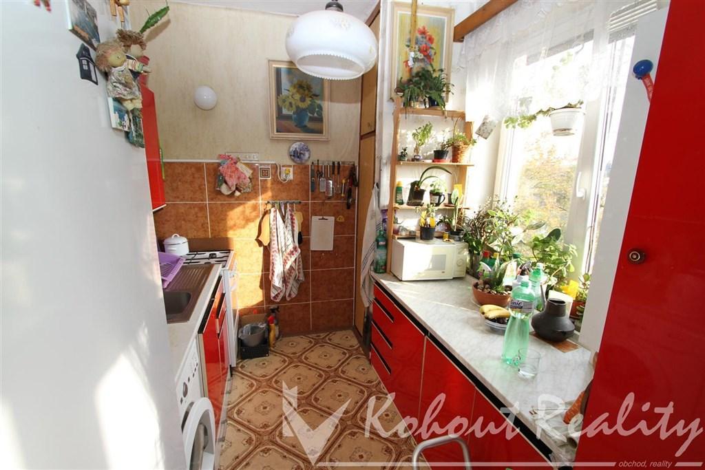 Exklusivně slunný, cihlový byt OV 2+1, 46m2, Praha 10, Strašnice, Dvouletky