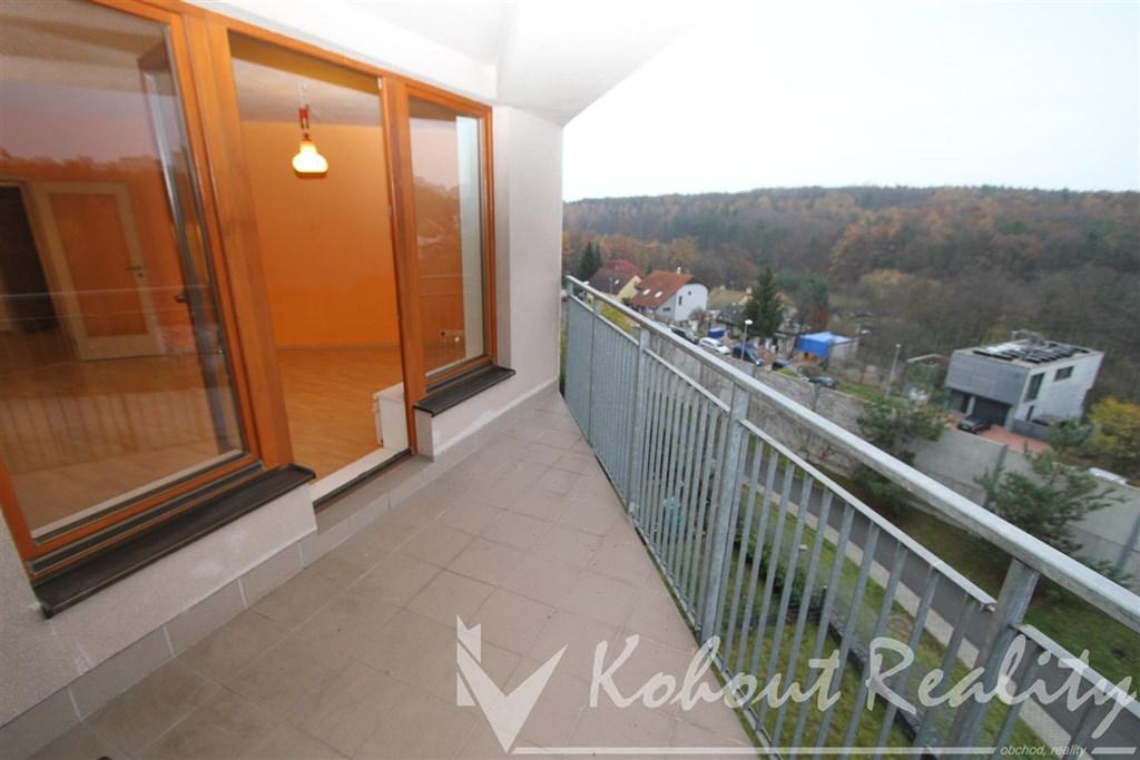 Exklusivně slunný, prostorný 2+kk 57m2+terasa 6m2+možnost garážové stání v domě, Praha 10, Slunečný Vršek, ul. Athénská