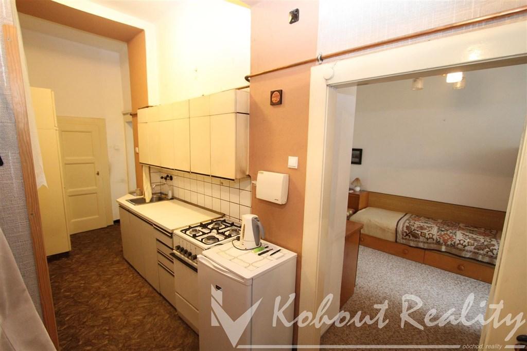 Exklusivně slunný, prostorný, cihlový OV byt 2+kk, 50m2, P9, K Moravině