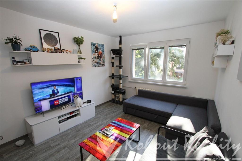 Exklusivně slunný, zrekonstruovaný byt OV, 1+1, 35m2, Praha 10, Strašnice, ulice Vrátkovská
